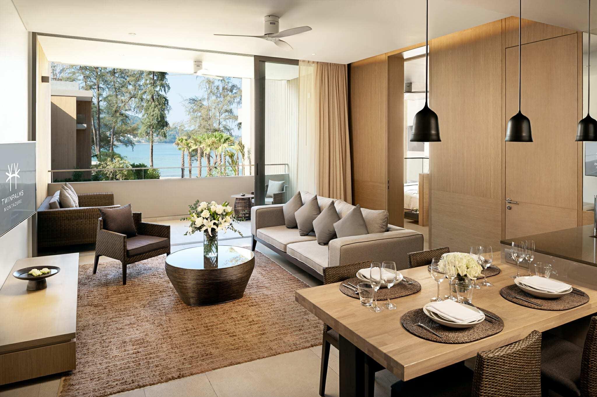 Room 520 Living Room