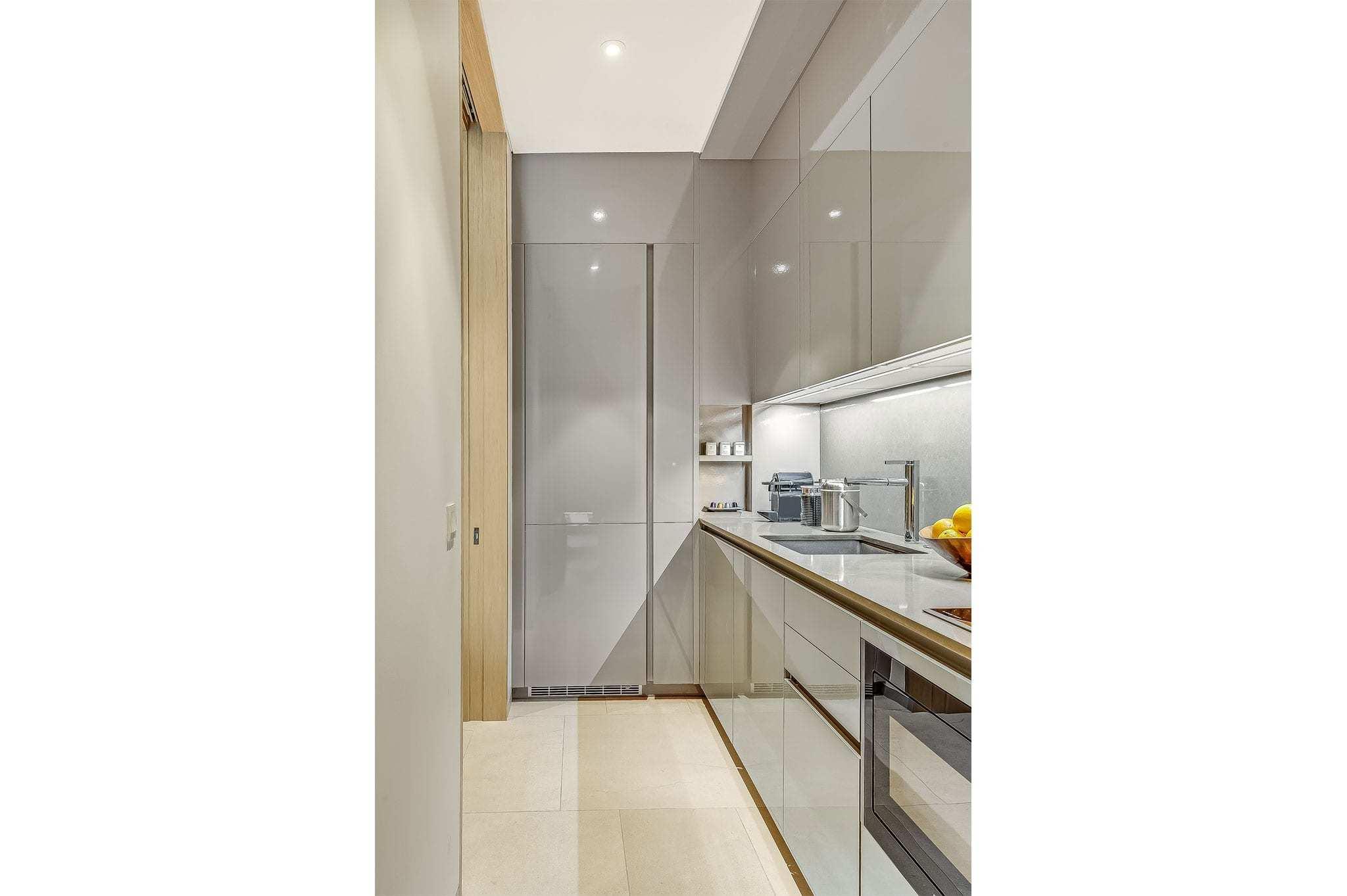 Room-712-Kitchen-2new